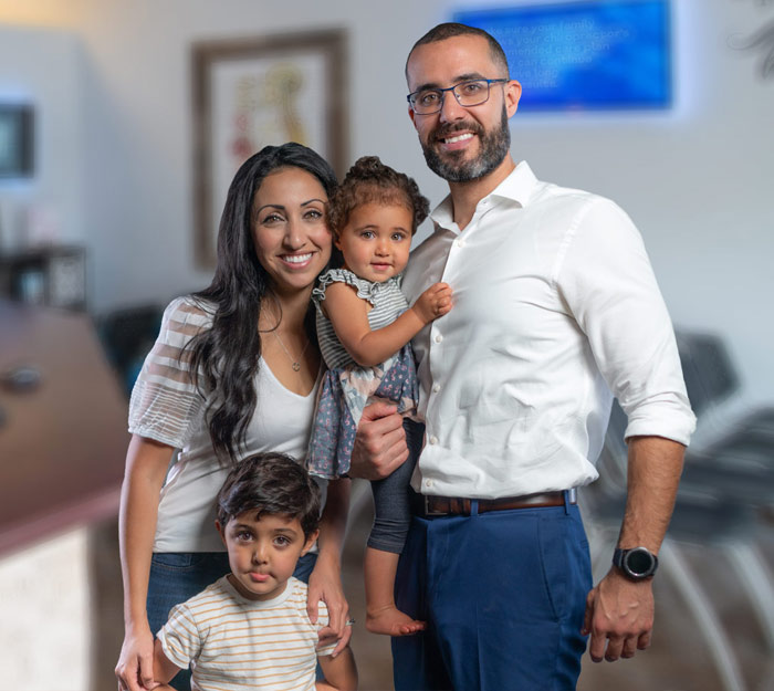 Chiropractor Miami FL Rosado Family